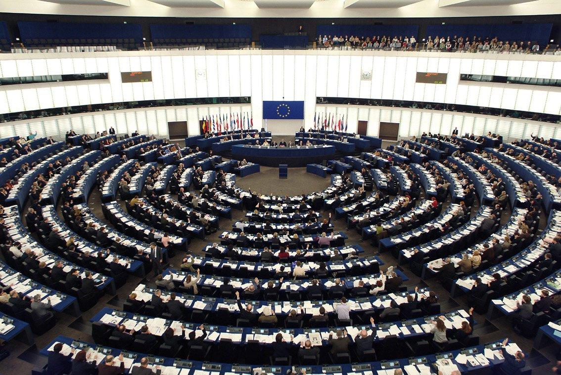 Parlamento europeo -'Riavviare' la Direttiva sulla mediazione