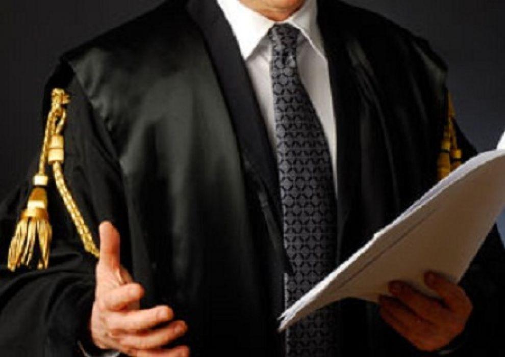 Appello degli avvocati al Governo