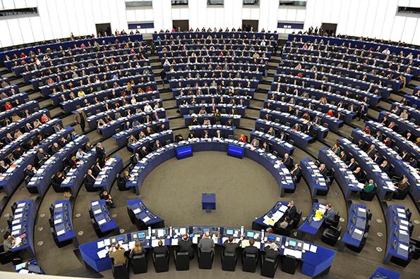 Il Parlamento europeo approva una nuova risoluzione per il rafforzamento della mediazione sulla base di tre studi realizzati da ADR Center